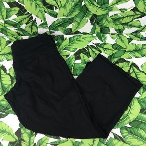 5 for $25 Rese Black Wide Leg Crop Pants